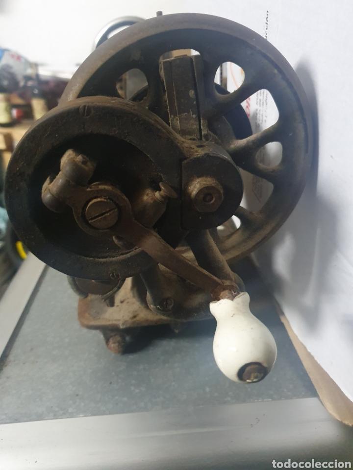Antigüedades: Máquina de coser KOBLER - Foto 4 - 236435410