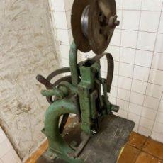 Antigüedades: IMPRENTA ENCUADERNACION GUILLOTINAS. Lote 236495565
