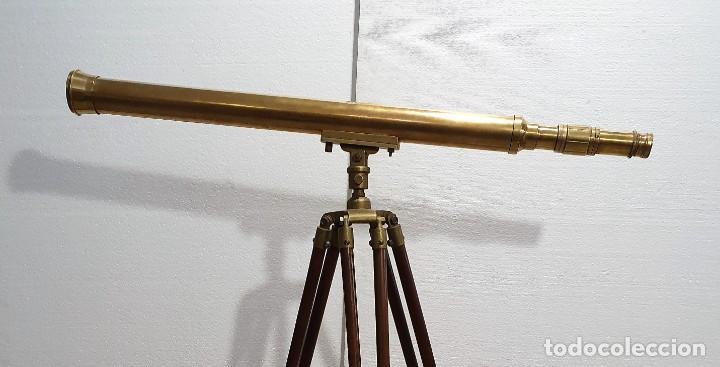 Antigüedades: CATALEJO DE BRONCE CON TRIPODE EN MADERA - Foto 4 - 236537615