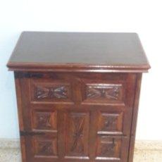 Antigüedades: MUEBLE MAQUINA ALFA. Lote 236573925