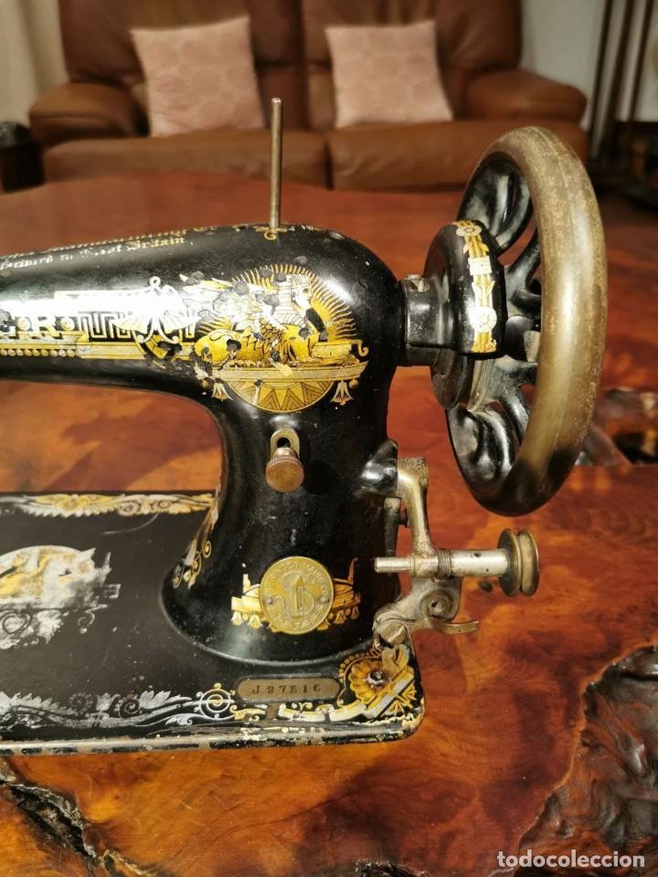 Antigüedades: MAQUINA DE COSER SINGER MANUFACTURING BRITAIN - Foto 2 - 236784700