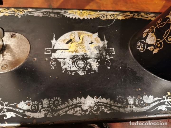 Antigüedades: MAQUINA DE COSER SINGER MANUFACTURING BRITAIN - Foto 5 - 236784700