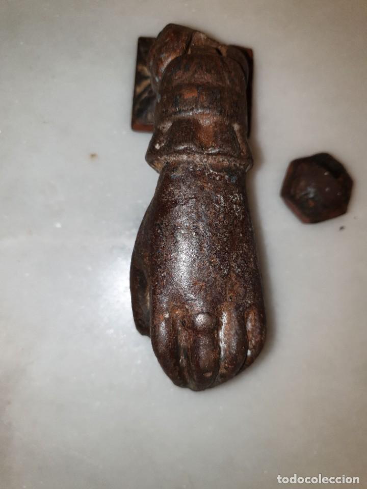 Antigüedades: Aldaba de hierro para restaurar. - Foto 2 - 236795290