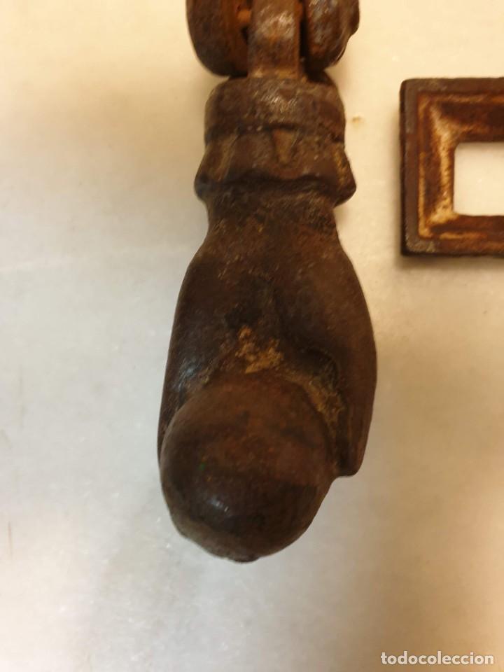 Antigüedades: Aldaba de hierro para restaurar. - Foto 9 - 236795290