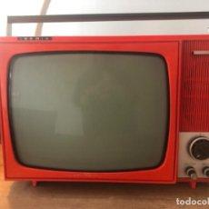 Antigüedades: TELEVISOR PORTÁTIL IBERIA. Lote 236805185