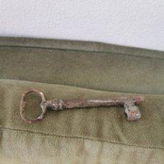 Antigüedades: ANTIGUA Y GRAN LLAVE. Lote 236893655