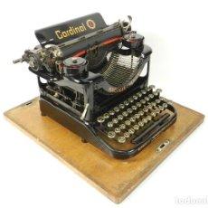 Antigüedades: ANTIGUA MAQUINA DE ESCRIBIR CARDINAL AÑO 1923 TYPEWRITER SCRHEIBMASCHINE. Lote 236953510