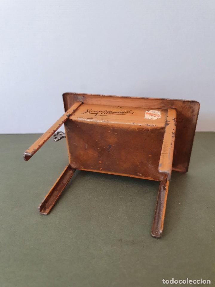 Antigüedades: Antigua y rara hucha Maquina de Coser Singer, original con su llave, años 20 - Foto 10 - 236966815