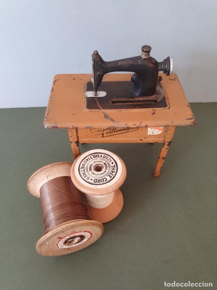 Antigüedades: Antigua y rara hucha Maquina de Coser Singer, original con su llave, años 20 - Foto 17 - 236966815