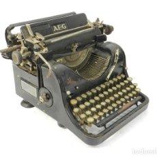 Antiquités: MAQUINA DE ESCRIBIR AEG AÑO 1925 TYPEWRITER SCHREIBMASCHINE. Lote 237166615