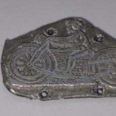 Antigüedades: ANTIGUA PLANCHA IMPRENTA DE MOTORISTA ANTIGUO. Lote 237432500
