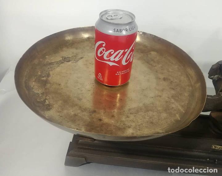 Antigüedades: Antigua balanza de platos alcance 30 kg + juego de pesas - Foto 9 - 237648330