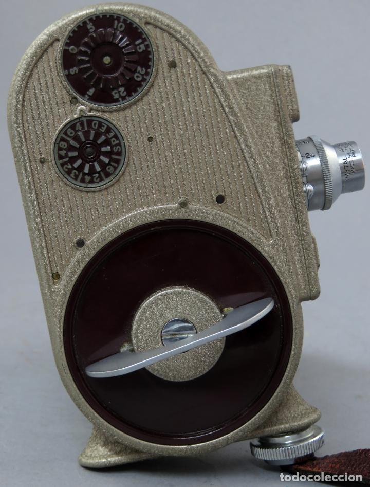 Antigüedades: Cámara de cine tomavistas inglesa Bell & Howell Sportster años 30 - Foto 7 - 237696115