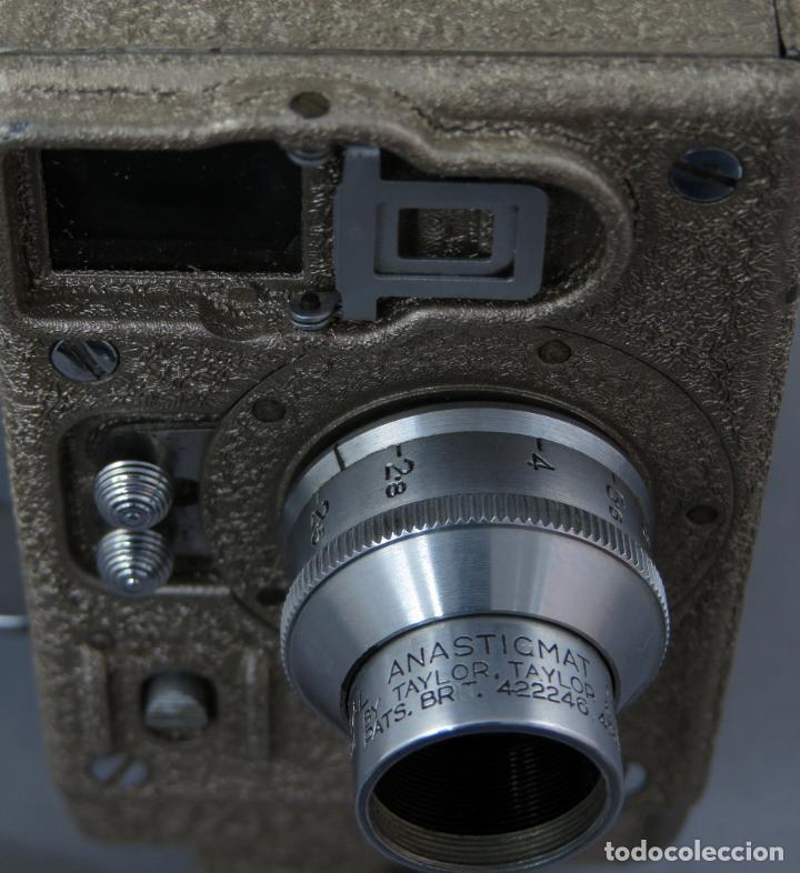 Antigüedades: Cámara de cine tomavistas inglesa Bell & Howell Sportster años 30 - Foto 11 - 237696115