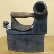 Antigüedades: PLANCHA DE CARBÓN - MONDRAGÓN. Lote 237854155