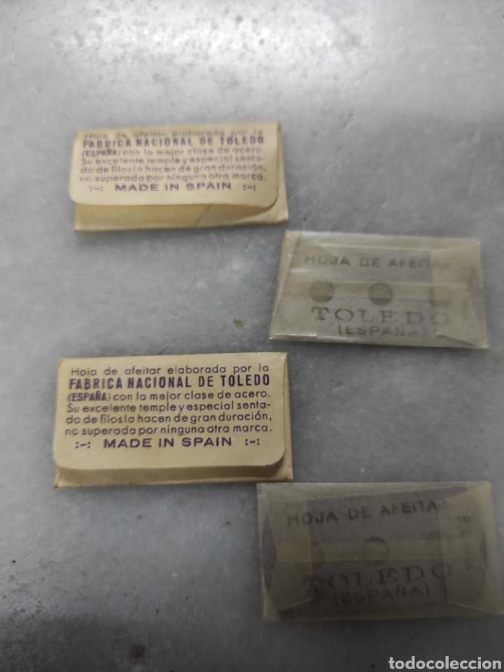 Antigüedades: 2 cuchillas afeitar Fabrica Nacional Toledo - Foto 2 - 238090915