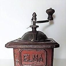 Antigüedades: MOLINILLO DE CAFÉ DE CHAPA MARCA ELMA. MODELO 1416. TAMAÑO 00. ESPAÑA. CA. 1945/1960. Lote 238387070