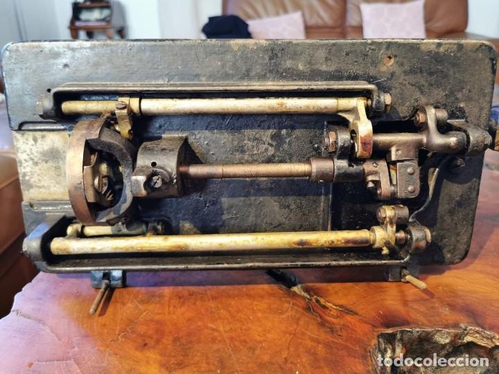 Antigüedades: ANTIGUA MAQUINA DE COSER WERTHEIM - Foto 17 - 238428685