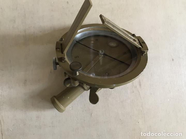 Antigüedades: Brújula alemana metálica en su caja de madera, hacia 1950 - Foto 10 - 238475695