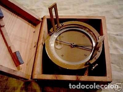 Antigüedades: Brújula alemana metálica en su caja de madera, hacia 1950 - Foto 14 - 238475695