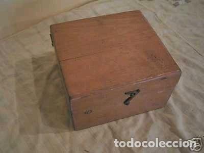 Antigüedades: Brújula alemana metálica en su caja de madera, hacia 1950 - Foto 17 - 238475695