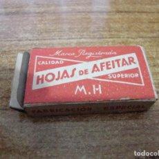Antigüedades: PAQUETE 5 HOJAS CUCHILLA DE AFEITAR M. H.. Lote 238758960