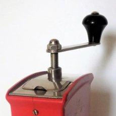 Antigüedades: MOLINILLO DE CAFÉ MARCA K&M. MODELO MILLY. ALEMANIA. CA. 1950/60.. Lote 238847420