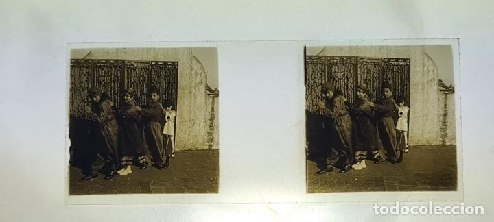 Antigüedades: CONJUNTO DE VISOR ESTEREOSCÓPICO PLANOX Y 126 PLACAS DE CRISTAL. SIGLO XX. - Foto 21 - 239383130