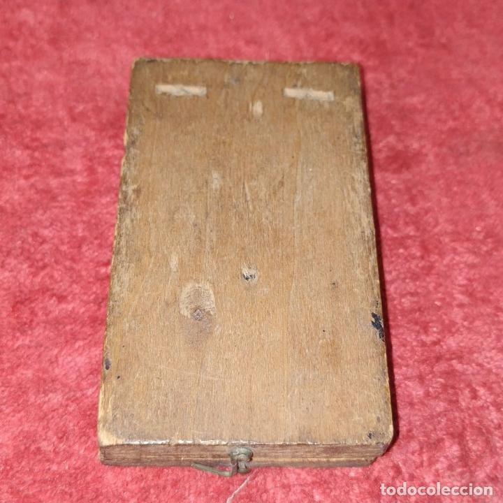 Antigüedades: BRÚJULA RELOJ DE SOL PORTÁTIL. MADERA, CRISTAL, PAPEL. INGLATERRA (?) XVIII-XIX - Foto 8 - 240224565