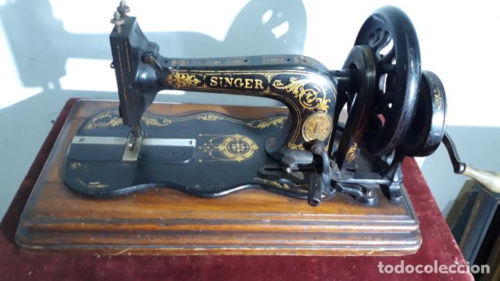Antigüedades: magnifica singer base de violin ,maquina de coser,coleccion privada,siglo xix - Foto 2 - 240261755