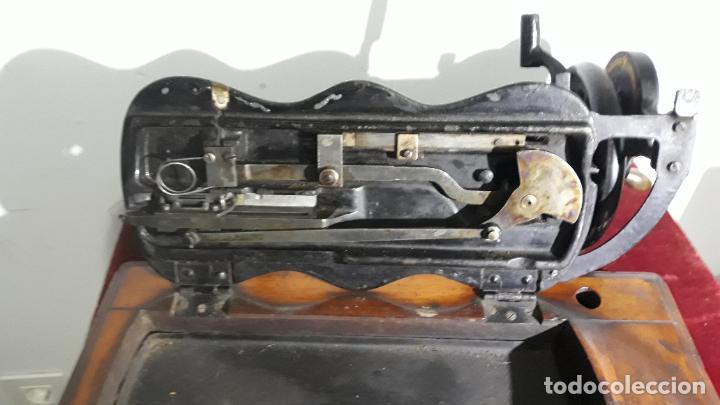 Antigüedades: magnifica singer base de violin ,maquina de coser,coleccion privada,siglo xix - Foto 5 - 240261755