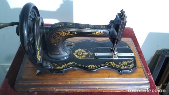 MAGNIFICA SINGER BASE DE VIOLIN ,MAQUINA DE COSER,COLECCION PRIVADA,SIGLO XIX (Antigüedades - Técnicas - Máquinas de Coser Antiguas - Singer)