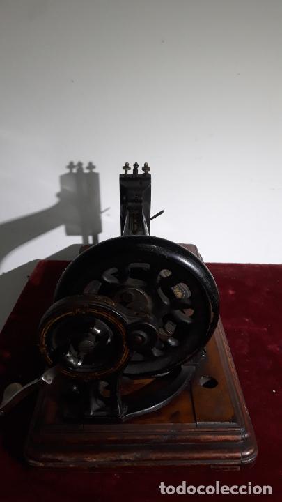 Antigüedades: magnifica singer base de violin ,maquina de coser,coleccion privada,siglo xix - Foto 6 - 240261755