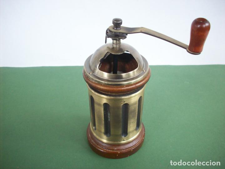 Antigüedades: MOLINILLO DE CAFE REDONDO . - Foto 2 - 240288760