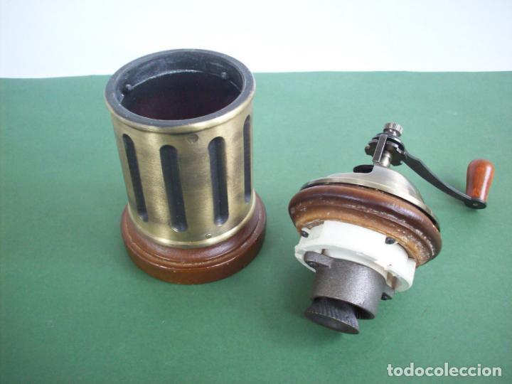 Antigüedades: MOLINILLO DE CAFE REDONDO . - Foto 4 - 240288760