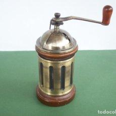 Antigüedades: MOLINILLO DE CAFE REDONDO .. Lote 240288760