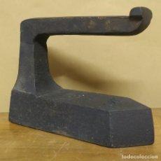 Antigüedades: PLANCHA RÚSTICA ANTIGUA Y PRIMITIVA. Lote 240420465