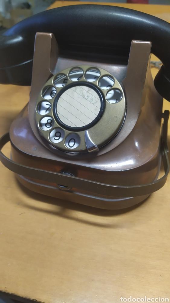 Teléfonos: Teléfono antiguo años 50 - Foto 2 - 240686140
