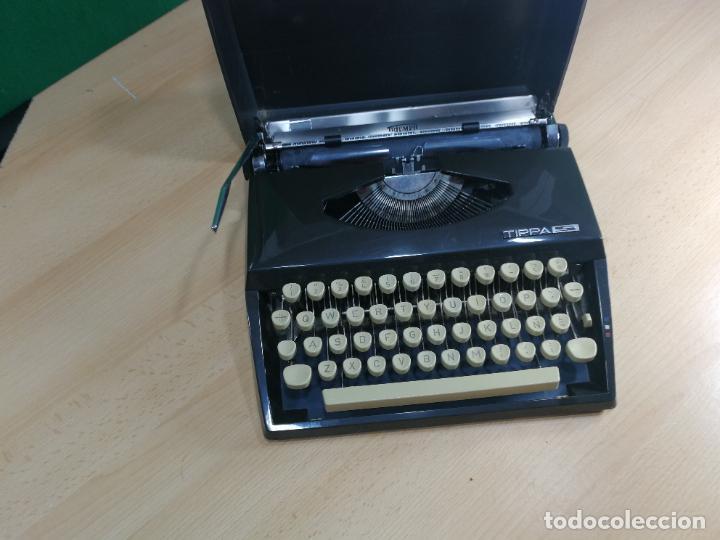 Antigüedades: Máquina de escribir portatil TRIUMF model Tippa, MUY BOTITA, FUNCIONANDO - Foto 6 - 240955430