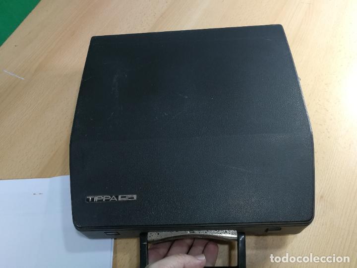 Antigüedades: Máquina de escribir portatil TRIUMF model Tippa, MUY BOTITA, FUNCIONANDO - Foto 13 - 240955430
