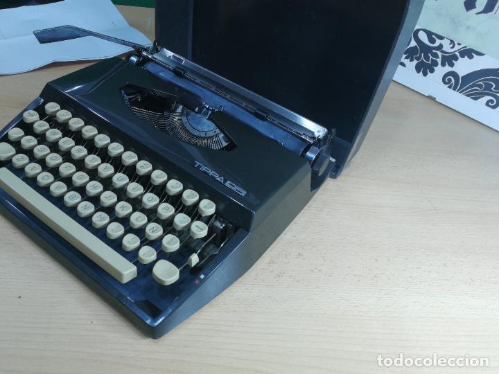 Antigüedades: Máquina de escribir portatil TRIUMF model Tippa, MUY BOTITA, FUNCIONANDO - Foto 18 - 240955430