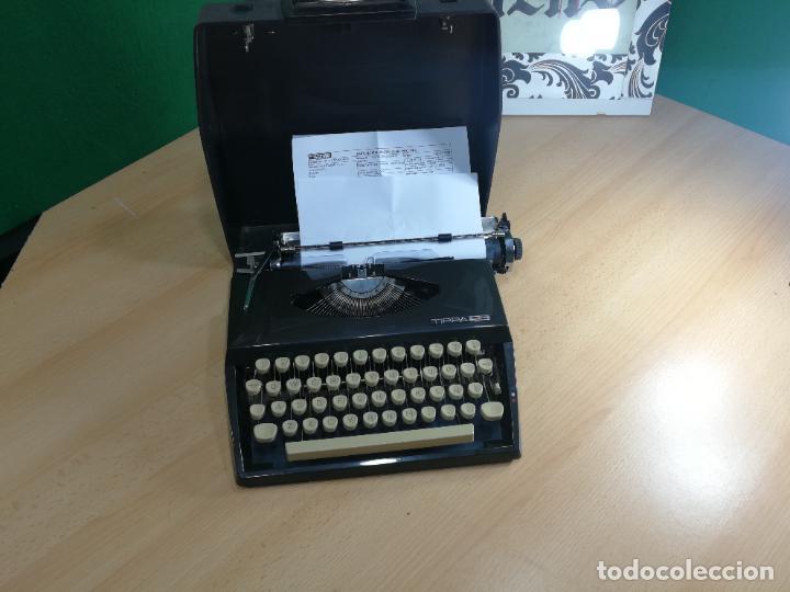 Antigüedades: Máquina de escribir portatil TRIUMF model Tippa, MUY BOTITA, FUNCIONANDO - Foto 26 - 240955430