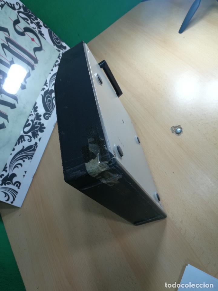 Antigüedades: Máquina de escribir portatil TRIUMF model Tippa, MUY BOTITA, FUNCIONANDO - Foto 33 - 240955430