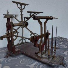 Antiquités: GRAN MÁQUINA INDUSTRIA TEXTIL. HILATURA. DEVANADORA. RUECA. S. XIX. SOBRINOS J. FÀBREGA. BARCELONA. Lote 240982475