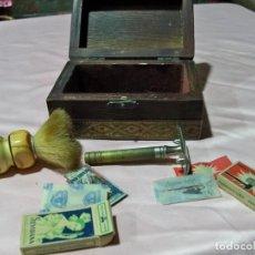 Antigüedades: ANTIGUA MAQUINILLA DE AFEITAR LE COQ. Lote 241043785