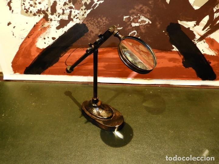 Antigüedades: LUPA DE SOBREMESA DE HIERRO - Foto 2 - 261665695