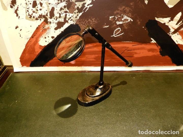Antigüedades: LUPA DE SOBREMESA DE HIERRO - Foto 4 - 261665695