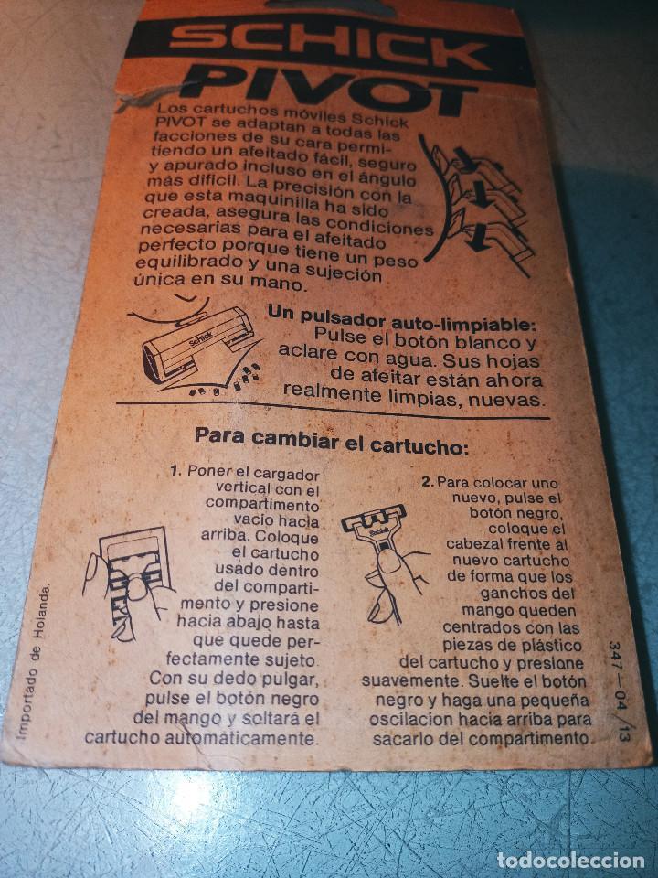 Antigüedades: MAQUINILLA DE AFEITAR SCHICK PIVOT + 2 CUCHILLAS NUEVAS DE DOBLE HOJA. DESCRIPCION Y FOTOS. - Foto 4 - 242134380