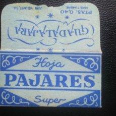 Antigüedades: HOJA DE AFEITAR - CUCHILLA DE AFEITAR - PAJARES - SOLO FUNDA. Lote 242375800