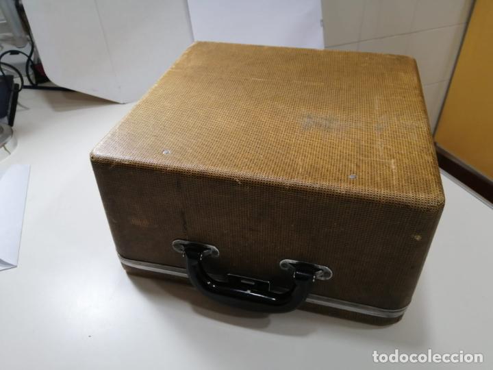 Antigüedades: ANTIGUA MAQUINA DE ESCRIBIR PORTATIL ROYAL QUIET DE LUXE - ESTADOS UNIDOS AÑOS 30 - CAJA ORIGINAL - Foto 9 - 242426615
